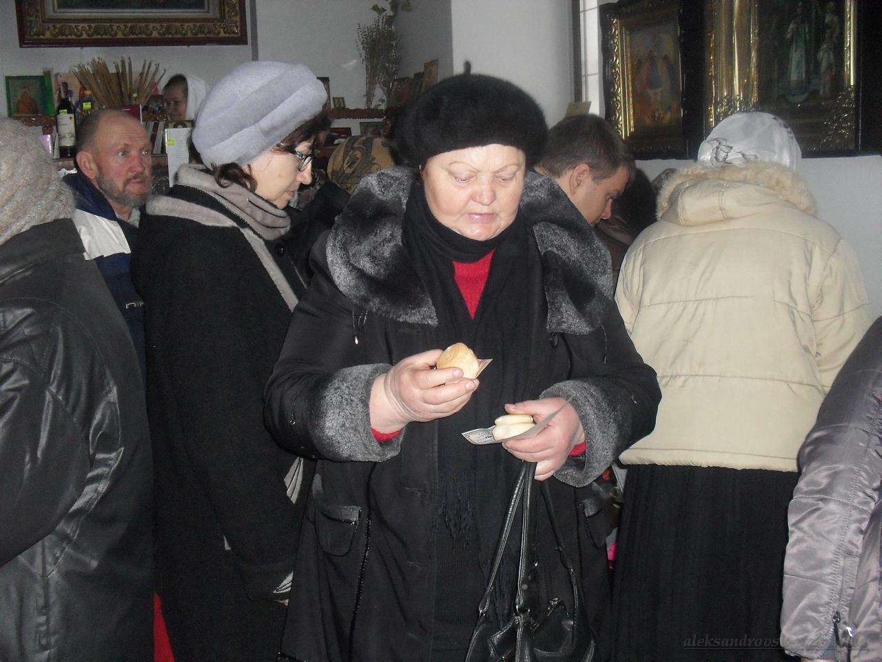 Gymanitarnaia-pomosch_16-12-2015_15