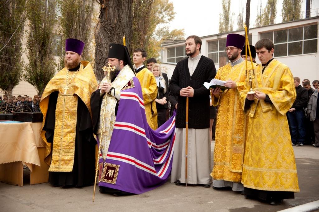 xram-chasovnya-aleksiya-cheloveka-bozhiya_02