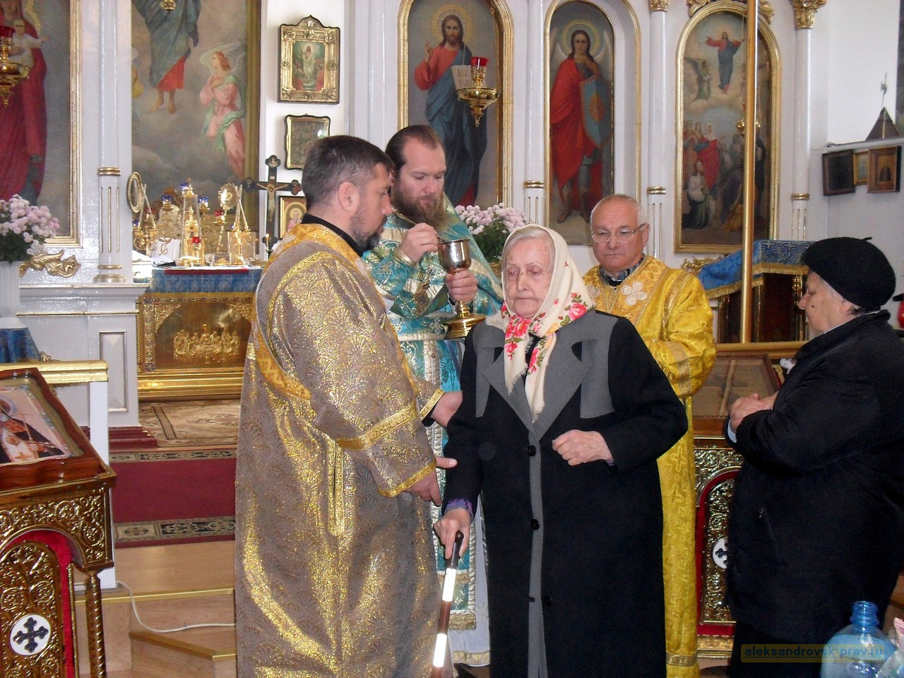 Pokrov-Aleksandrovsk_14-Oct-2015_22