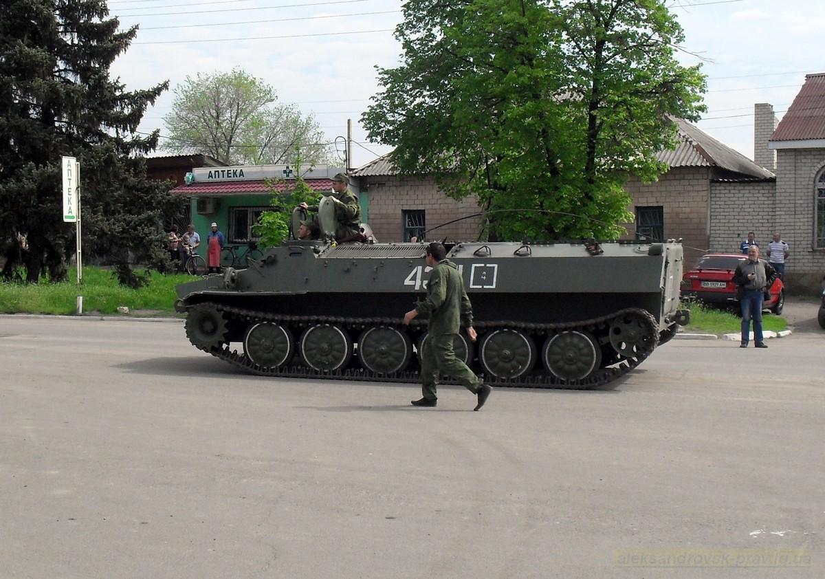 pozdravlenie-veteranov_8-05-2015_015.jpg