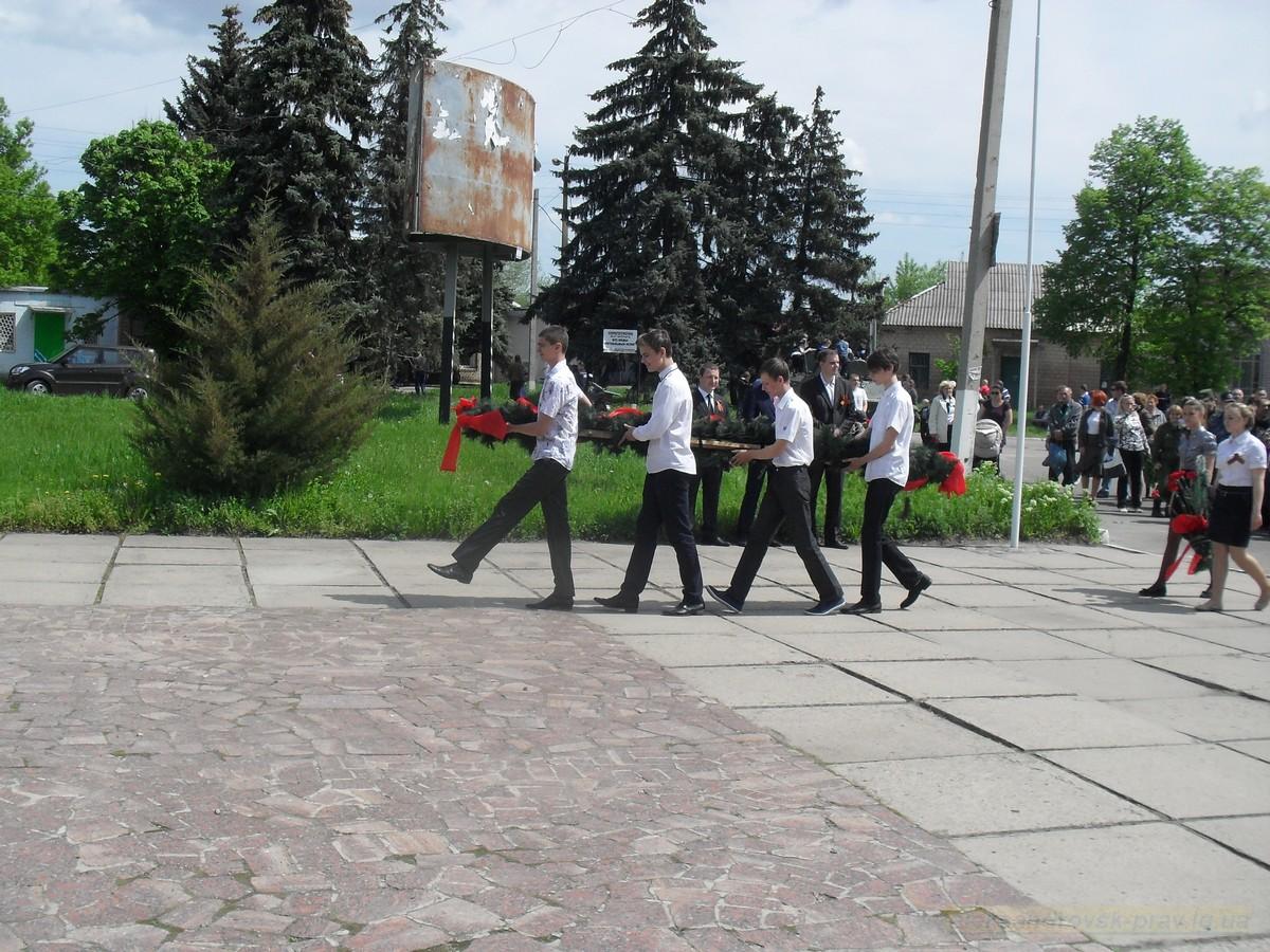 pozdravlenie-veteranov_8-05-2015_066.jpg