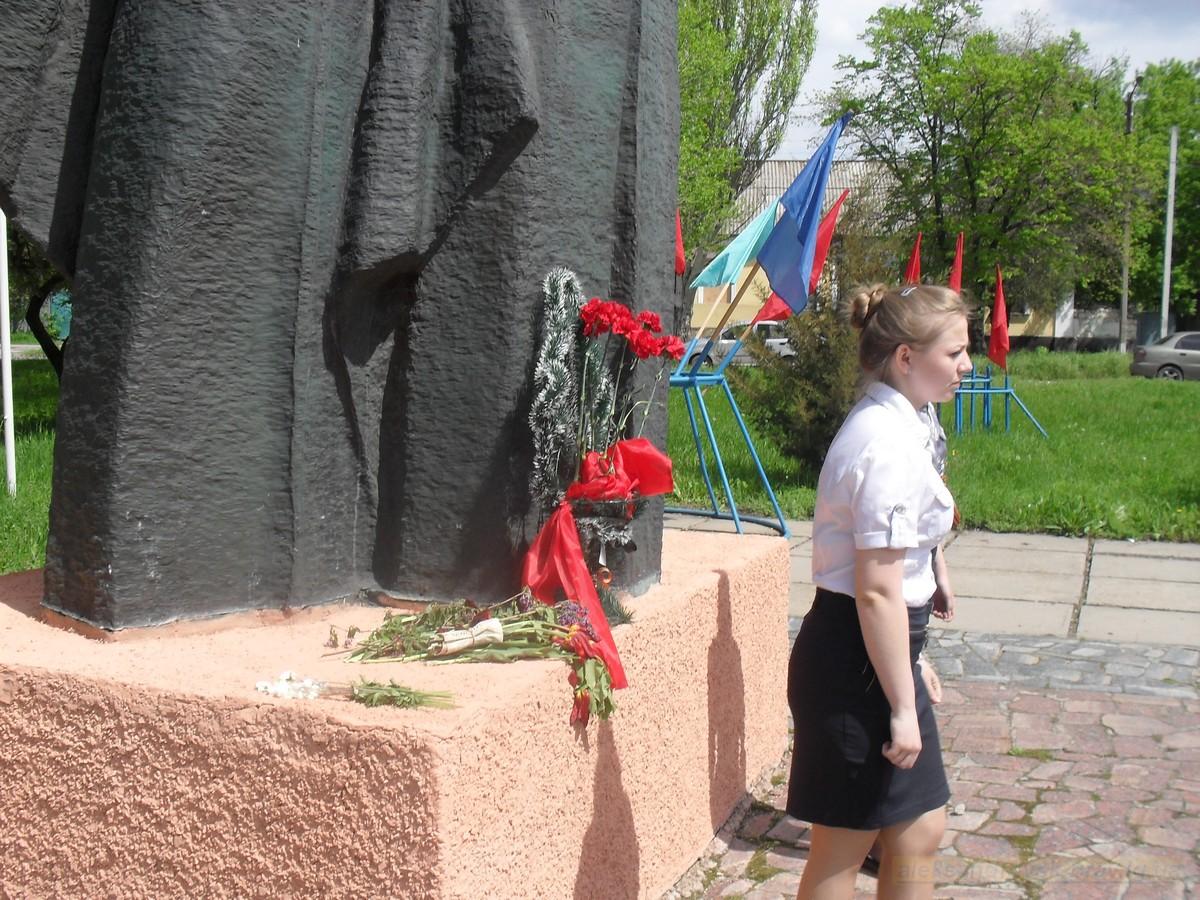 pozdravlenie-veteranov_8-05-2015_069.jpg