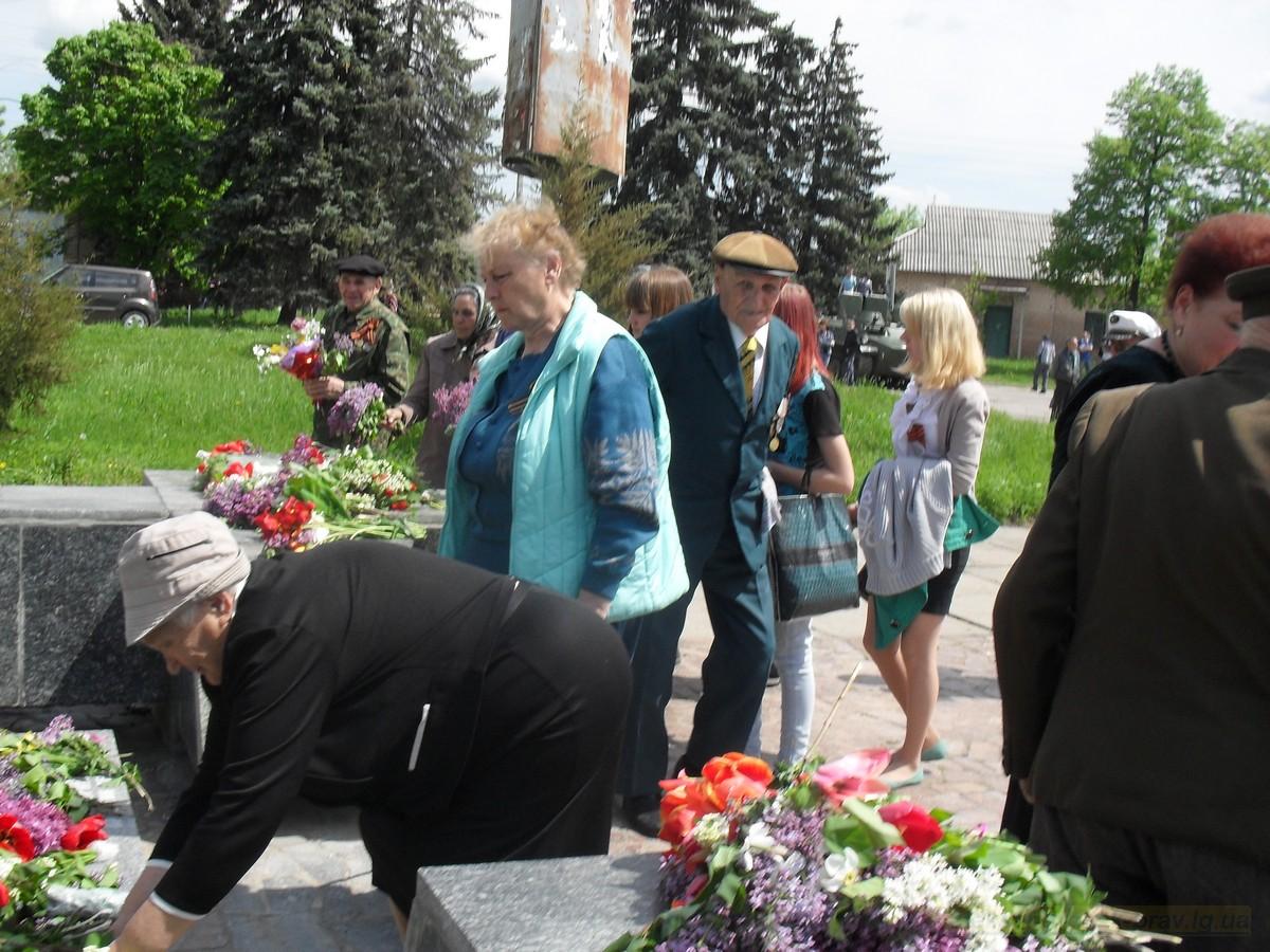 pozdravlenie-veteranov_8-05-2015_082.jpg