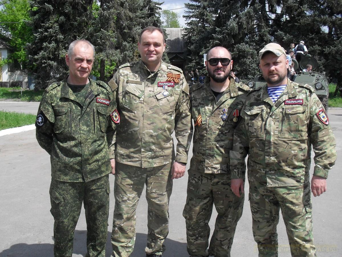 pozdravlenie-veteranov_8-05-2015_091.jpg
