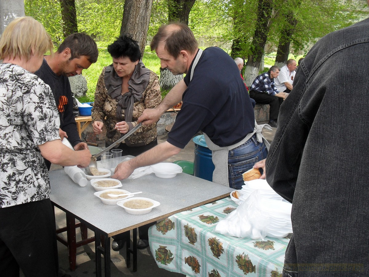 pozdravlenie-veteranov_8-05-2015_113.jpg