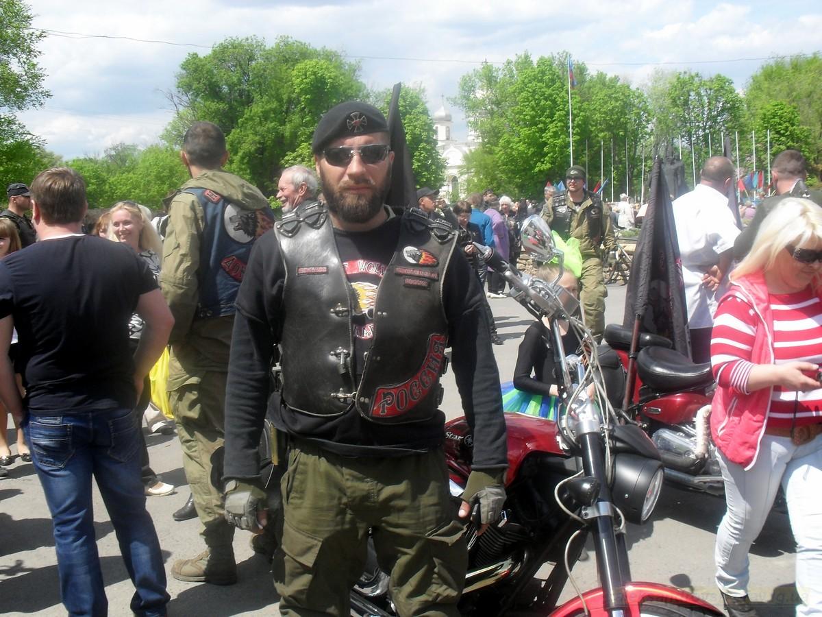 pozdravlenie-veteranov_8-05-2015_126.jpg