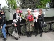 pozdravlenie-veteranov_8-05-2015_019.jpg