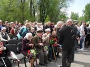 pozdravlenie-veteranov_8-05-2015_046.jpg