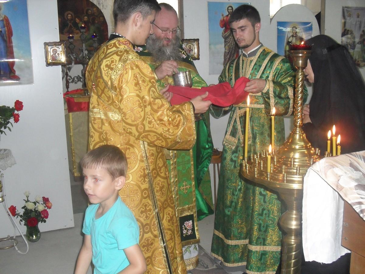 Sviato-Serafimovskiy-xram_01-08-2015_34