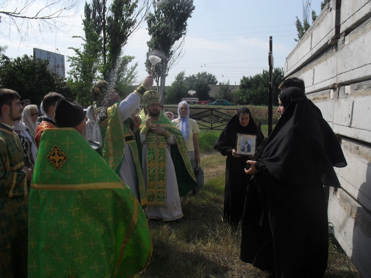 Sviato-Serafimovskiy-xram_01-08-2015_47