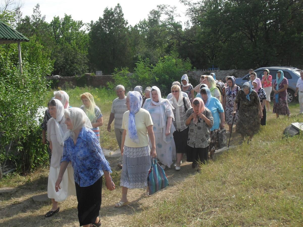 Sviato-Serafimovskiy-xram_01-08-2015_53