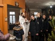 rozhdestvo-xristovo-v-xrame-alexandra-nevskogo_7-01-2014_06