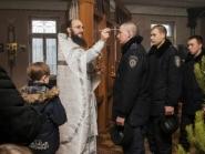 rozhdestvo-xristovo-v-xrame-alexandra-nevskogo_7-01-2014_09