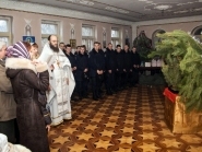 rozhdestvo-xristovo-v-xrame-alexandra-nevskogo_7-01-2014_12