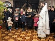 rozhdestvo-xristovo-v-xrame-alexandra-nevskogo_7-01-2014_15