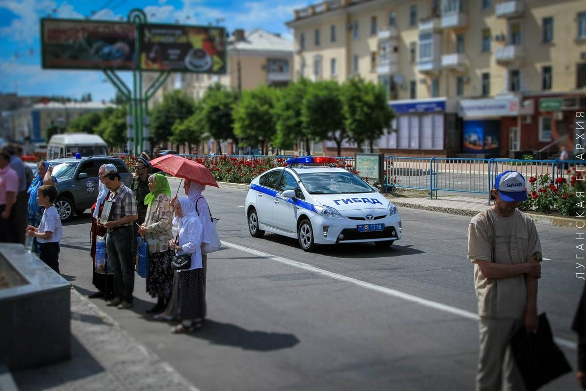 Luganskaya-ikona-Bogorodicy_14-06-2015_03