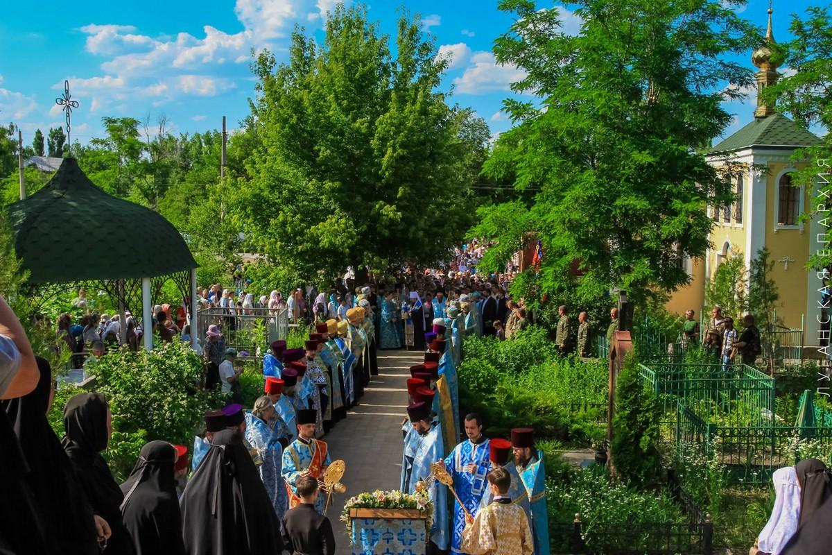 Luganskaya-ikona-Bogorodicy_14-06-2015_19