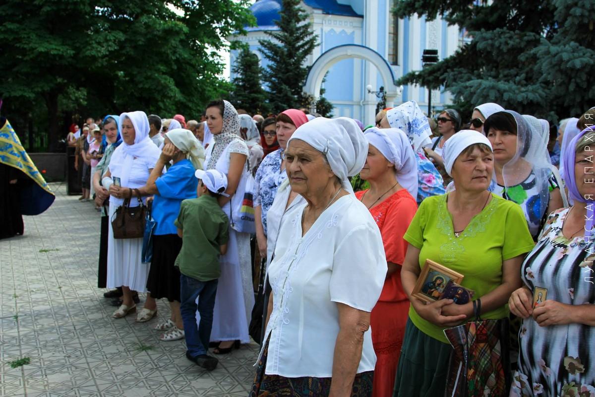 Luganskaya-ikona-Bogorodicy_14-06-2015_20