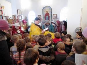 Molitva-2s-detmi-o-mire-Rodakovo_20-02-2014_4