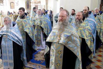 Соборный молебен перед местночтимым образом Божией Матери Луганская, 16.11.2016