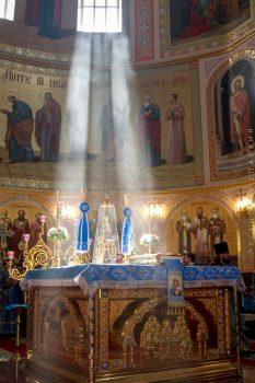 В алтаре Свято-Владимирского собора ,13.06.2018