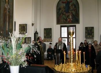 Чтение великого покаянного канона в Свято-Вознесенском храме