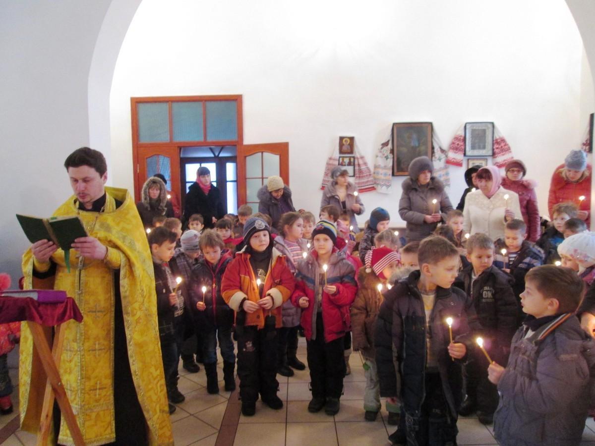 Молебен с детьми о мире, пгт. Родаково, 20.02.2014