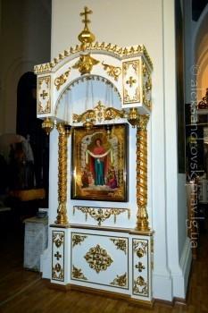 Новоосвященная икона Покрова Пресвятой Богородицы
