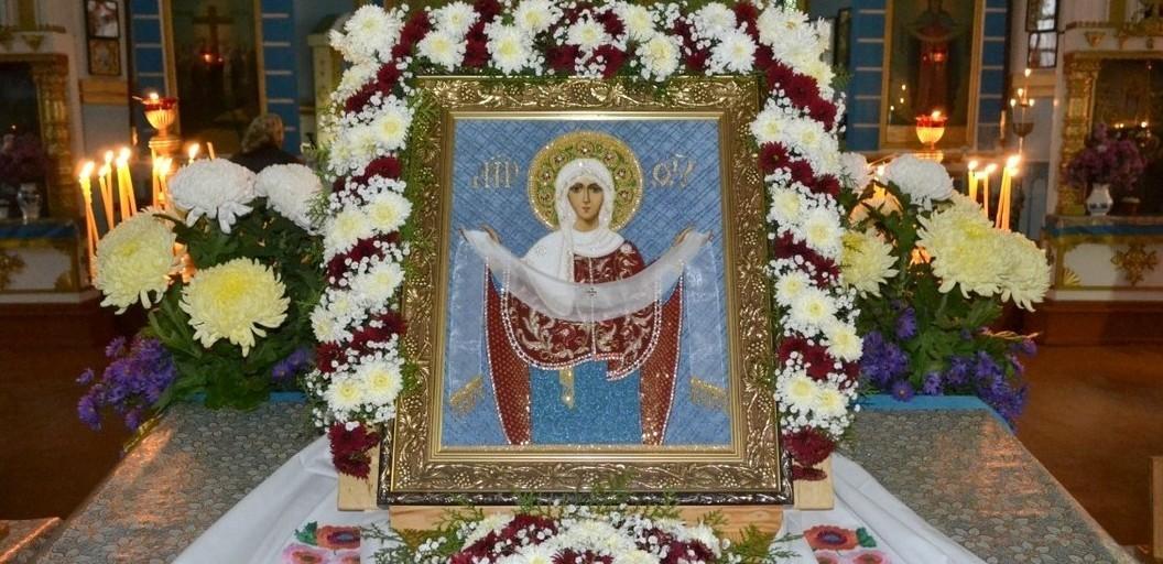 Престольный праздник - Покров Пресвятой Богородицы, пос.Трехизбенка, 14 октября 2013 г.