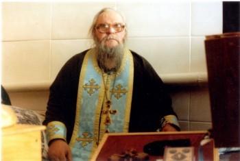 духовник Скорбященского женского монастыря г. Старобельска схиархимандрит Кирилл (Михличенко)