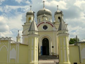 Свято-Вознесенский трёх-престольный собор