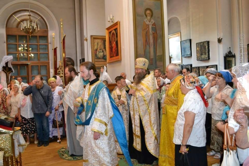 Престольный день Вознесения Господня и выставка народных мастеров