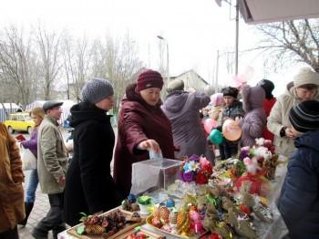 Благотворительная ярмарка детских поделок, пос. Родаково, 13.04.2014