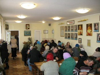 Блатотворительные обеды при Свято-Вознесенском храме, г.Александровск