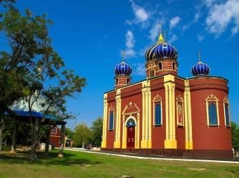 Храм в честь архидьякона Стефана в Славяносербске
