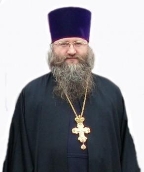 Настоятель Свято-Вознесенского храма протоиерей Яков Лобов